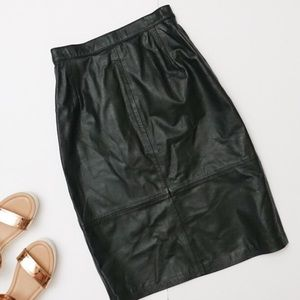 EUC Vintage 80s 90s Green Leather Pencil Skirt